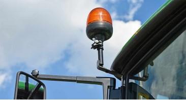 POZOR! Vse opozorilne luči morajo ustrezati ECE R65